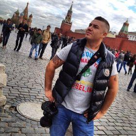 Max Anynov