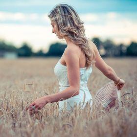 Elisa Rossini - Abbondanza, Spiritualità, Mindset