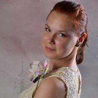 Bettina Szalay