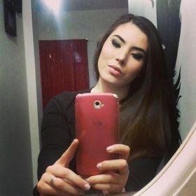 Melina Lozoya Sáenz