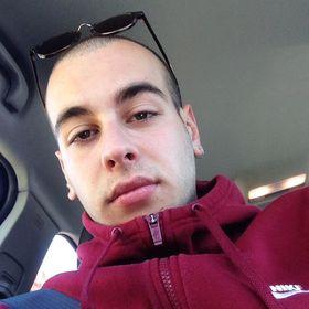 Nikos Bout
