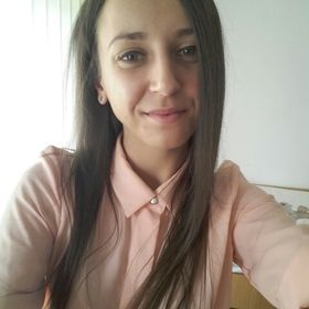 Iulia Botos