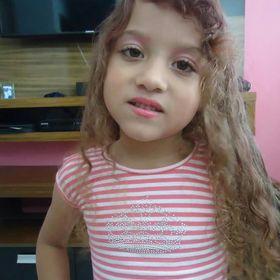 Emilly Beatriz