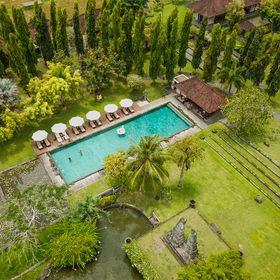 Luxury Hotels  & Travel Lifestyle