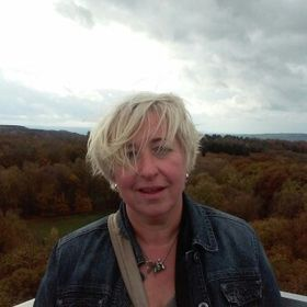 Carolien Van Hummel