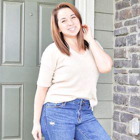 Ashlyn   A Grateful Housewife - Lifestyle + Health Food Blogger