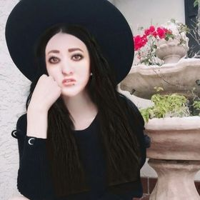• Beth Palacios •