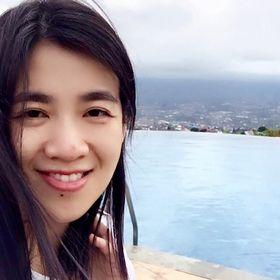 Lina W