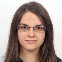 Szandra Bezsenyi