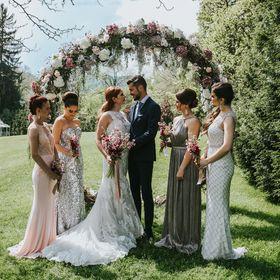 Aiola Weddings