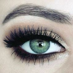 Luxe Eyebrow Threading