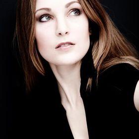 Polly Hale