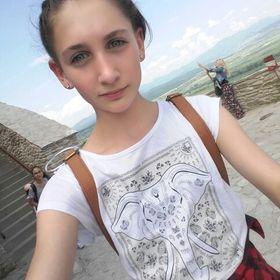 Kriszta Ladányi