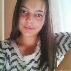 Dora Halasz