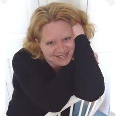 Author Kelly Moran