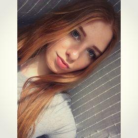 Bettina Bakos
