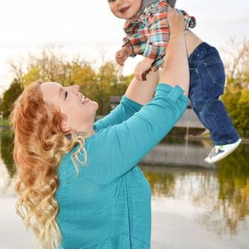 Parenting Expert to Mom/ Parenting Tips, Early Childhood, Baby and Toddler Milestones and Activities