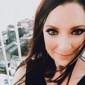 Sarah K Voiles | Lifestyle Blogger | Bellame Skincare | Entrepreneur | Beauty