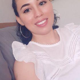Iris Balladarez