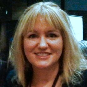Louise Cusack Author