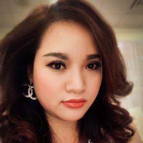 Nina Van