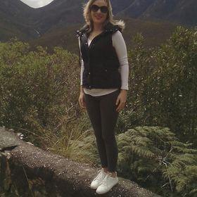 Bernadette Lourens
