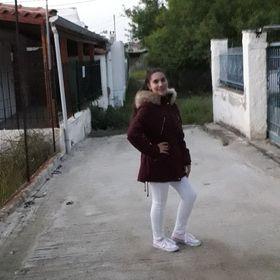 Stauroula Katsarou