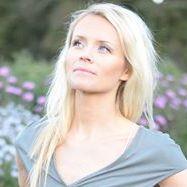 Anne Tolås
