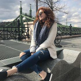 Laura Vámosi