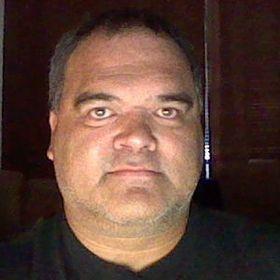ELVIS J.R.