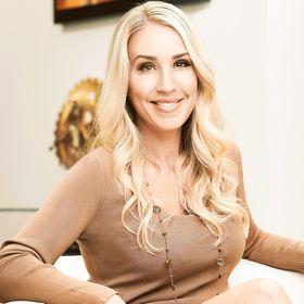 Ashlea Spitz | Brand Strategist + Design Educator