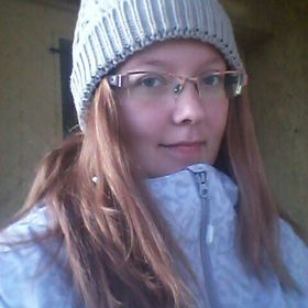 Adrienn Tomsik