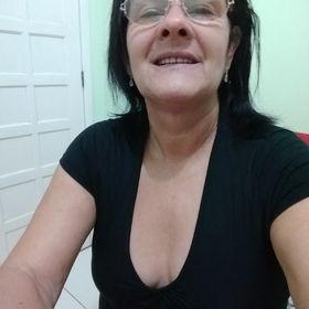 Luiza De Castro