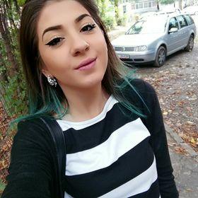 Emma Crş