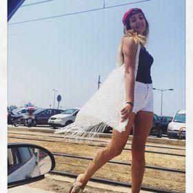 Miss Cristy