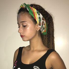 Έλενα Γκίκα