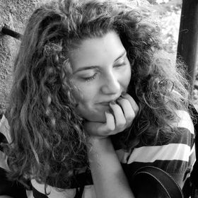 Nicoleta Calin