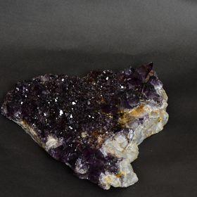 AMH Crystal Decor