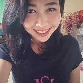 Yenni CkG