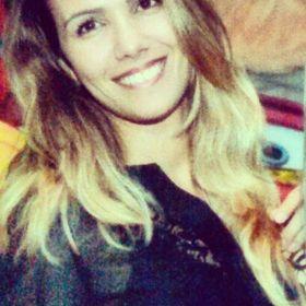 Fabiana Almeida Oliveira