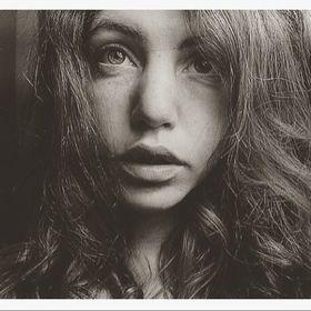 Marie-charlotte Pull