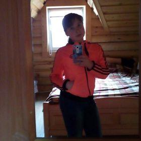 Арина Зотова
