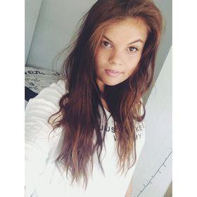 Adrienn Markesz