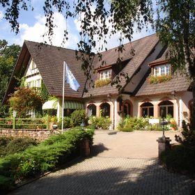 Profil De Hostellerie La Cheneaudière Relais Châteaux Cheneaudiere Pinterest