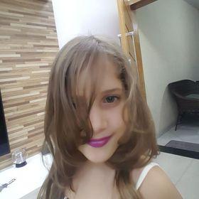 Beatriz Abud