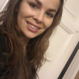 Karoline Henriquez