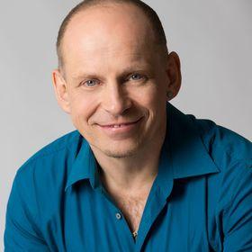 Tom Oberbichler, Buchmentor - Sachbuch schreiben und verkaufen
