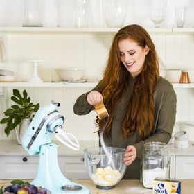 Clara Jane | Baking-Ginger