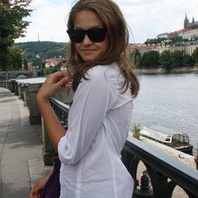Yana Savchenko