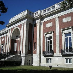 Beverly Public Library